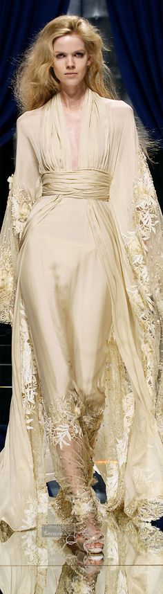 ♔Zuhair Murad♔...OMG, Another beautiful look. Recreate those details that would match your style & wedding theme. Get that designer look without the designer $$$, have it custom-made.