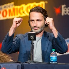 NEW YORK, NY - OCTOBER 12: Andrew Lincoln attends 'The Walking Dead' Panel at New York Comic Con at Jacob Javits Center on October 12, 2013 in New York City. (Photo by Laura Cavanaugh/Getty Images for AMC)