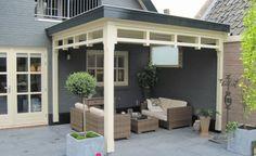 Het realiseren van een terrasoverkapping