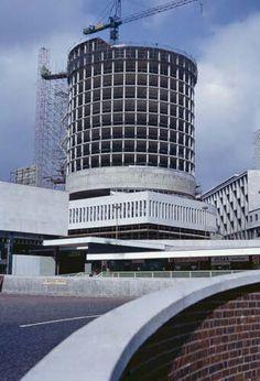 Construction of Birmingham's iconic Rotunda. Council Estate, Birmingham England, 2nd City, Sense Of Place, West Midlands, Slums, Old Buildings, Brutalist, Skyscraper