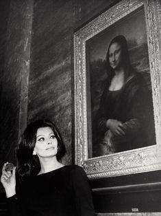 Sophia Loren visits the Musée du Louvre. Paris, February 1964.