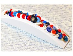 Red white & blue button bracelet vintage by FriendlyWrenJewelry  SALE:  COUPON CODE COLUMBUS15 FOR 15% OFF