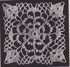 Crochet Squares, Crochet Granny, Crochet Tablecloth Pattern, Lily Of The Valley, Vintage Crochet, Apples, Circles, Collars, Centerpieces