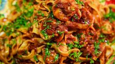 Pallavizza: Fettuccine with prawns in Virgin Mary sauce along ...