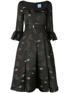 Shop online black Macgraw Priestess Dress as well as new season, new arrivals daily. Vestidos Vintage, Vintage Dresses, Daytime Dresses, Casual Dresses, African Attire, Event Dresses, Look Chic, Skirt Outfits, Flare Dress