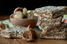 Make breakfast or snack time count with quick prep, freezer friendly, and power packed gluten free fig breakfast bars! Figs Breakfast, Second Breakfast, Breakfast Bars, How To Make Breakfast, Dog Recipes, Real Food Recipes, Vegan Recipes, Chicken Recipes, Grain Free