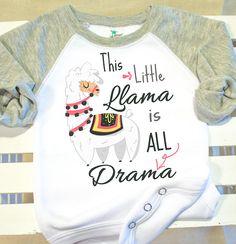 58 ideas funny baby announcement ideas newborns for 2019 Funny Babies, Cute Babies, Mom Funny, Boho Baby Kleidung, Boho Baby Clothes, Baby Llama, New Baby Announcements, Baby Outfits Newborn, Trendy Baby