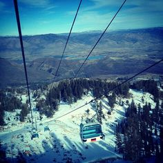 Downloading on the gondola after skiing! #snowbasin #utah #shred