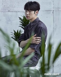 Lee Je Hoon for Marie Claire Korea July Photographed by Kim Yeong Jun Lee Je Hoon, Sung Hoon, Danson Tang, Indie Films, Handsome Korean Actors, Asian Hotties, Korean Star, Flower Boys, Dream Guy