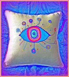 """""""Colourful eye ..."""""""