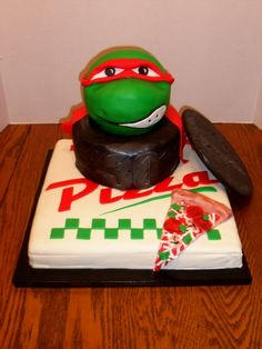 TMNT cake, Ryan would love this.