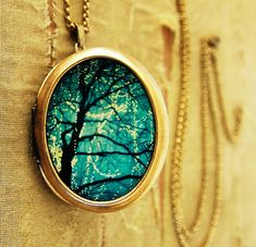 """twinkle"" locket by Irene Suchocki & Lori Patton( heartworks by Lori)"