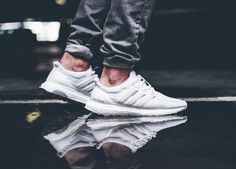 Adidas Ultra Boost - Triple White (by Elias)