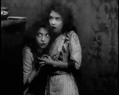 celluloidfilm: Lillian and Dorothy Gish in An Unseen Enemy (1912)