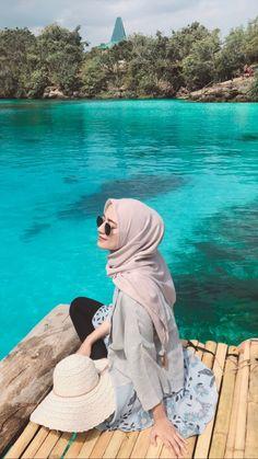 Modest Fashion Hijab, Street Hijab Fashion, Hijab Casual, Ootd Hijab, Hijab Chic, Hijab Outfit, Muslim Fashion, Travel Ootd Summer, Niqab