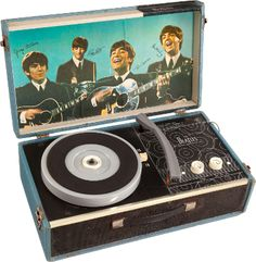 Heritage Auctions will feature 100 lots of Beatles memorabilia at their Entertainment & Music Memorabilia auction on December 14.