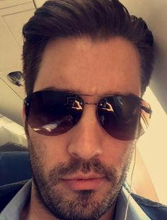 Oh my goodness ! Scott Brothers, Twin Brothers, Jonathan Silver Scott, Property Brothers, Best Day Ever, Pilot, Twins, Mens Sunglasses, Pilots