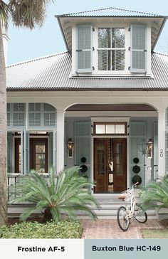 Beach house exterior paint colors beach house exterior colors large size of soothing inspiration beach house Café Exterior, House Paint Exterior, Exterior Paint Colors, Exterior House Colors, Paint Colors For Home, Exterior Design, Paint Colours, Exterior Shutters, Craftsman Exterior
