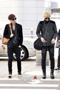 Lay & Tao @ Incheon Airport
