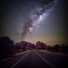 2,444 отметок «Нравится», 10 комментариев — Universe Today (@universetoday) в Instagram: «Hi, this is Jay @jaydidphoto. I'm a landscape and nightscape photographer based in Australia.…»