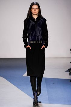 http://www.vogue.com/fashion-shows/fall-2013-ready-to-wear/helmut-lang/slideshow/collection