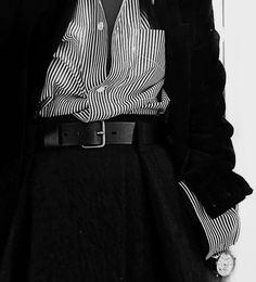 Veste velours, Chemise et jupe ✨ Fast Fashion, Look Fashion, Fashion Details, Womens Fashion, Style Outfits, Cute Outfits, Fashion Outfits, Fashion Trends, Mode Style