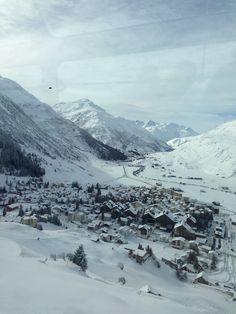 Glacier Express, a caminho de St. Moritz. Suíça, jan.2015.