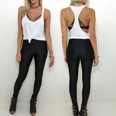 A pedidos recebemos reposição da calça disco pants preta!!! Combinação bem despojada com o regatão top tiras e o colar de courinho! Compre pelo site http://ift.tt/PYA077