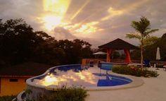 ¡Disfrutá del verano en la playa! Recibí 1 noche de hospedaje para 2 personas en Vista las Islas Hotel & Spa por ¢45,576