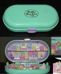 Back when Polly actually fit in your pocket. And no one had to tell us, Dont choke on Polly Pocket, because we werent stupid enough to eat her. Nostalgia at it's finest, I had this Polly Pocket. Back In The 90s, Back In My Day, 90s Childhood, Oldies But Goodies, I Remember When, Ol Days, The Good Old Days, Vintage Toys, Children