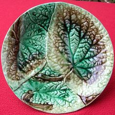 ANTIQUE GREEN MAJOLICA BEGONIA LEAF PLATE c 1870