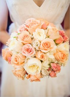 peach wedding bouquet | peach rose wedding bouquet | Roses