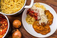 Milánói sertésborda Hungarian Recipes, Comfort Food, Chana Masala, Spaghetti, Paleo, Dinner Recipes, Cooking, Ethnic Recipes