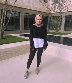 Ideas for diy ropa ideas life Street Hijab Fashion, Modern Hijab Fashion, Modest Fashion, Fashion Outfits, Hijab Chic, Casual Hijab Outfit, Casual Outfits, Cute Outfits, Islamic Fashion