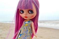 queenie by cybermelli, via Flickr