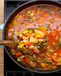 Healthy Summer Vegetable Minestrone Soup