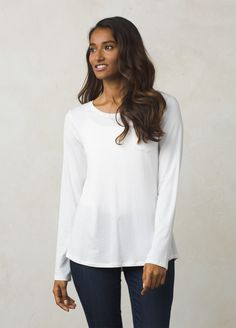 I love the prAna Foundation Longsleeve Top! Check it out and more at www.prAna.com