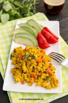 Photo about Scrambled Tofu with red bell pepper and green onion for breakfast, served with avocado and tomatoes. Image of tofu, onion, curry - 73719110 Tofu, Vegan Vegetarian, Vegetarian Recipes, Romanian Food, Romanian Recipes, Stuffed Green Peppers, Health And Nutrition, Cobb Salad, Onion