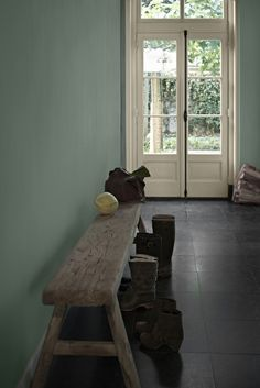 I love this wall color Interior Design Advice, Interior Styling, Interior Inspiration, Interior And Exterior, Hallway Inspiration, Wall Colors, House Colors, Home And Living, Living Room