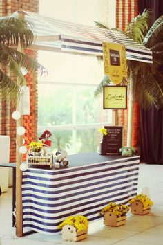 decor, feira livre, stand, food hut, food fair, black and yellow, barraca de feira, amarelo e preto.