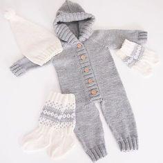 Elämäni ensimmäinen #villahaalari #vauvalle valmistui viimein! Nyt kun olen päässyt jyvälle siitä, miten näitä neulotaan, voipi olla että innostun tekemään näitä enemmänkin #knit #knitting #neulominen #wooloverall #buttons #merinowool   SnapWidget Instagram Widget, Kids Wear, Baby Knitting, Your Photos, Knit Crochet, Knitting Patterns, How To Make, How To Wear, Sweaters