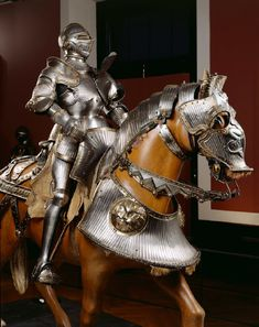 Armour for Emporer Ferdinand - KHM Medieval Horse, Medieval Weapons, Medieval Knight, Viking Armor, Ancient Armor, Armadura Medieval, Horse Armor, Arm Armor, King Of Swords