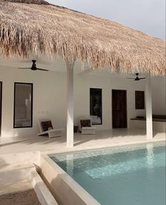 Beautiful Interior Design, Modern Interior Design, Ibiza, Thatched Roof, Apartment Design, Elle Decor, Interior Architecture, Bali, Outdoor Decor