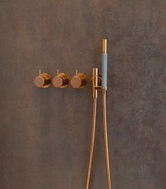 Vola bathroom products in Copper / Rose-Gold: Available from ukBathrooms! Wohnhaus in Heppenheim Bathroom Spa, Budget Bathroom, Bathroom Fixtures, Bathroom Interior, Small Bathroom, Gold Bathroom, Bathroom Ideas, Cream Bathroom, Bathroom Hacks