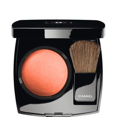 Chanel Blush JOUES CONTRASTE in Frivole. New spring collection!