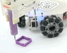 PUC-rio's design labs put the 3D printing process in motion with 3&Dbot