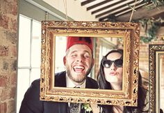 Pretty Thrifty | weddings on the cheap from invitations to venues & everything in between: DIY: Photobooth!