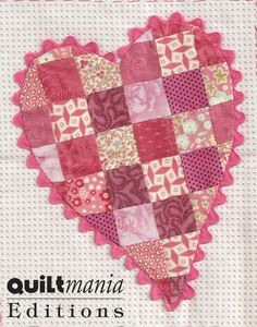 Bloc 9 - Block 9  Découvrez ce bloc GRATUIT avec son patron sur Quiltmania.fr. Let's discover this FREE block (and its pattern) on quiltmania.com