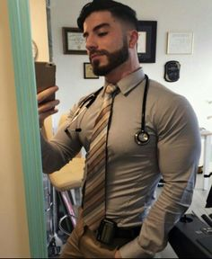 """nipplepigs: """"I love nips poking under a tight shirt """" Hot Doctor, Moda Formal, Hunks Men, Awesome Beards, Business Outfit, Men In Uniform, Attractive Men, Good Looking Men, Muscle Men"""