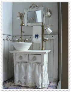 Miniature bathroom inspiration